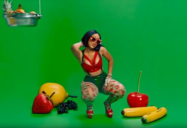 "Watch: Doja Cat - Juicy ""Remix"" feat. Tyga"