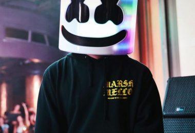 Marshmello Ft. Charli XCX – Break Your Heart