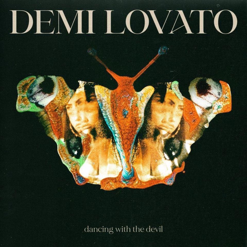 Demi Lovato – Dancing With The Devil