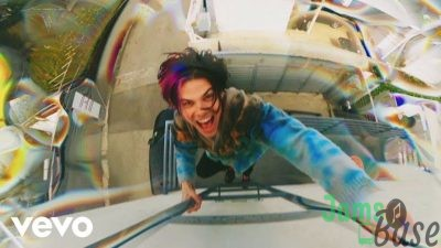 Download YUNGBLUD Weird mp3 download